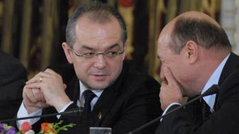1339591641Traian Basescu, Boc (2)