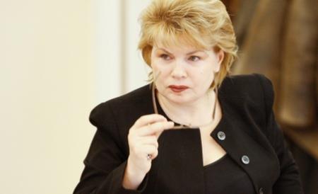 mona-pivniceru-a-demisionat-din-magistratura-ea-ar-putea-depune-azi-juramantul-ca-ministru-al-justitiei-163973