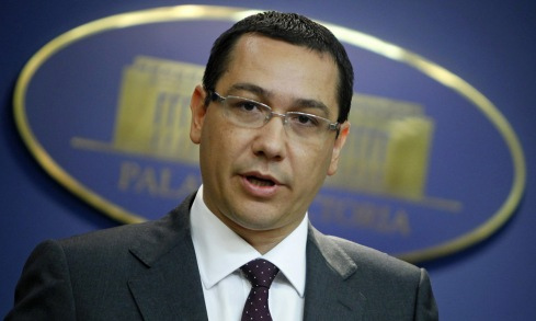 Romania's PM Ponta addresses media at Victoria palace in Bucharest