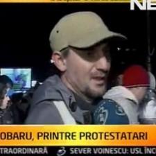 sobaru-printre-protestatari-225x225