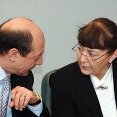 Majoritatea-naiva-a-lui-Traian-Basescu--b--Opinii---b-