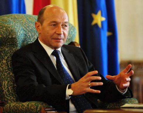 Traian-Basescu-ghimpele