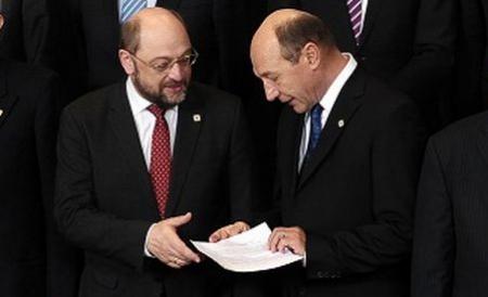 misterul-biletului-de-la-bruxelles-ce-contine-documentul-pe-care-i-l-a-dat-basescu-presedintelui-pe-183468
