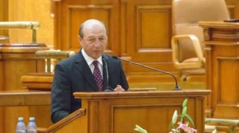 basescu_parlament