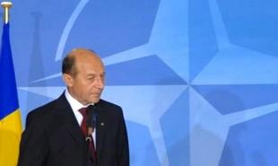 Basescu_nato-310x185