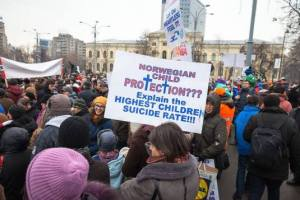 Protest in sustinerea fam. Bodnariu Photo credit