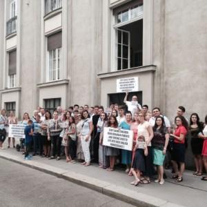 Protest la Viena Florin Barbu iulie 2016