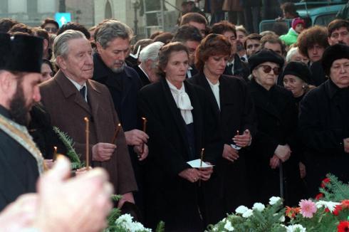 regina ana funeralii coposu.jpg