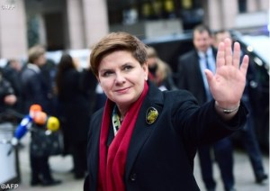 polish-prime-minister-beata-szydlo-would-like-to-end-all-abortions-in-poland-and-is-likely FOTO en.radiovaticana.va