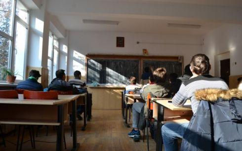 liceul-traian-vuia-foto-adevarul-high-school-class