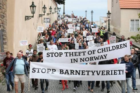 """Avocatul Copilului în România? Prima țară din lume care a introdus """"avocatul copilului"""" a fost Norvegia, REMEMBER Barnevernet!!!"""