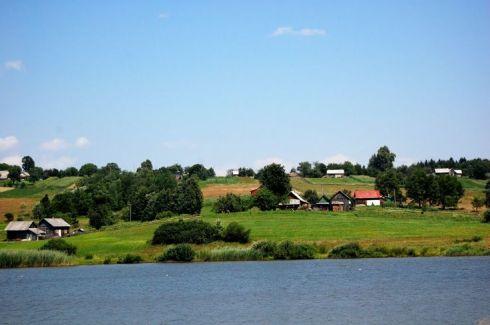 Davideni (în ucrainiană Davydivka), localitatea unde s-a născut Joseph Schmidt