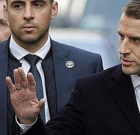 6905340-6451503-french_president_emmanuel_macron_visits_the_arc_de_triomphe_as_s-a-53_15437796765931