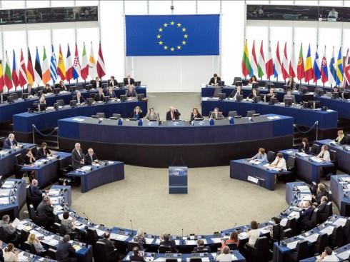 760800-1542110601-parlamentul-european-voteaza-astazi-rezolutia-privind-statul-de-drept-in-romania